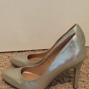 Lauren Conrad Gold Heels Size 7